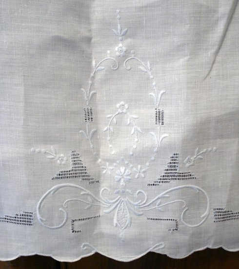 Victorian linen hand towel pale blue Madeira embroidery threadwork antique linens ll2118