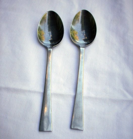 Bellwood pattern Nasco Stainless 2 oval soupspoons retro flatware hc2139