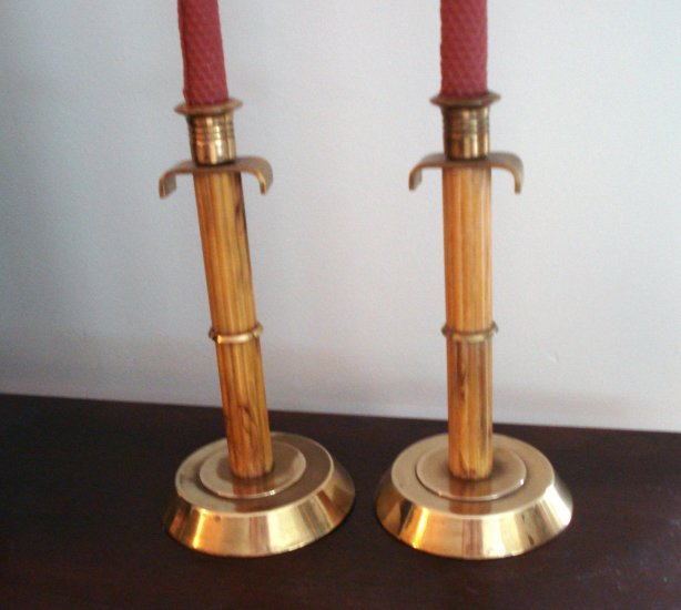 Pair Art Deco caramel Bakelite brass fluted mantle candlesticks hc2245