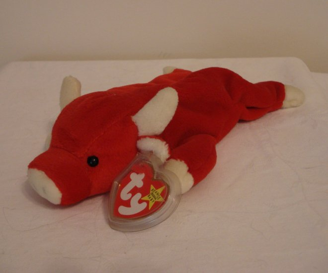 Snort the red bull Ty Beanie Baby plush toy retired mint  hc2319
