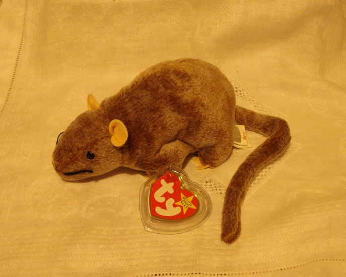 Tiptoe the brown mouse Ty Beanie Baby toy retired mint  hc2393