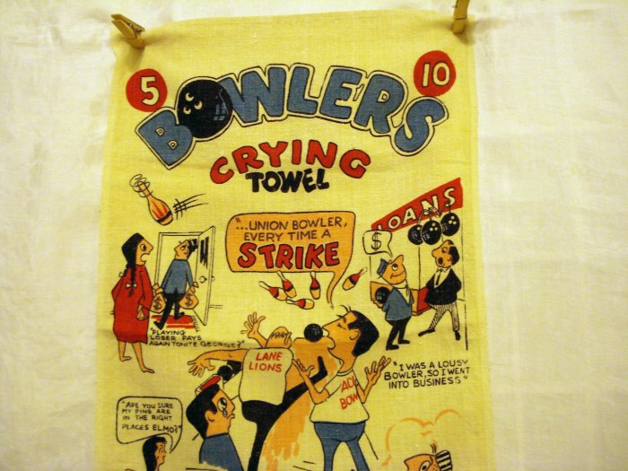 Bowlers Crying Towel humorous tea or sports towel linen vintage hc2399