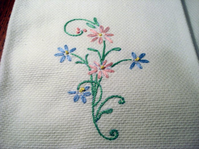 Pair embroidered huck towels threadwork hem near antique hc2467