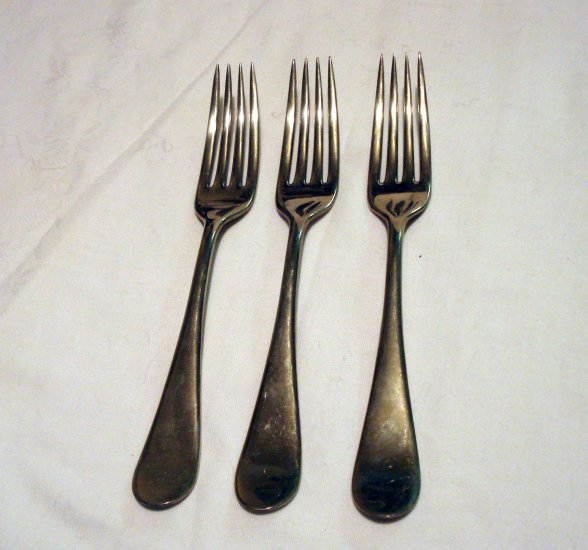 3 Rogers nickle silver luncheon forks stain resistant antique hc2470