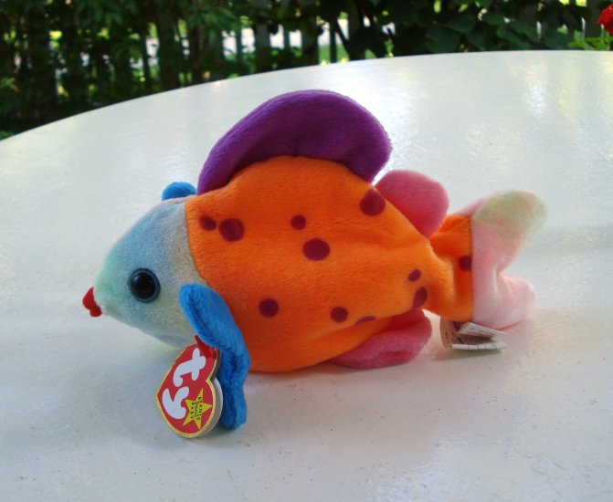 Lips the bright colored fish ty beanie baby toy retired for Fish beanie baby