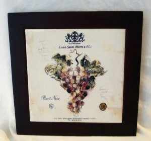 Ceramic tile of Louis Saint Pierre & Fils Pinot Noir wine label framed trivit preowned  hc2672