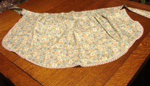 Blue green chintz peplum apron lace edged pocket unused hc2943