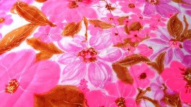 Sassy peplum half apron hot pink floral lace trim vintage hc3302