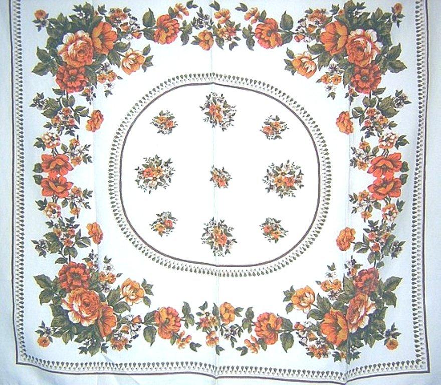 1940s-50s cotton tablecloth cabbage roses vintage linens hc1565