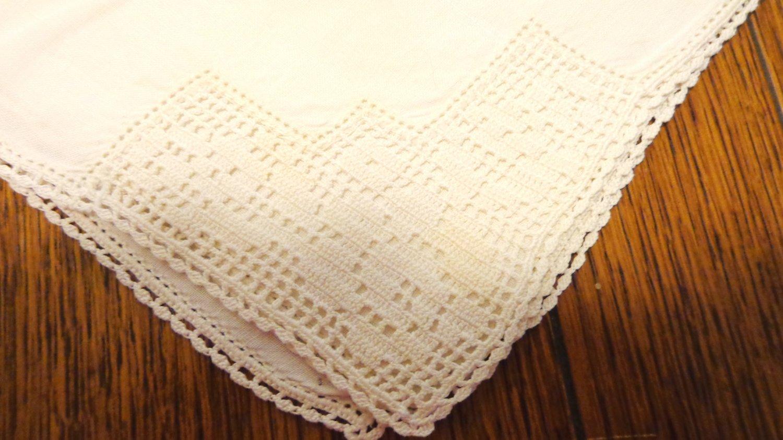 Antique napkins set of 3 off white linen filet lace trim hand crocheted lace hem hc3407