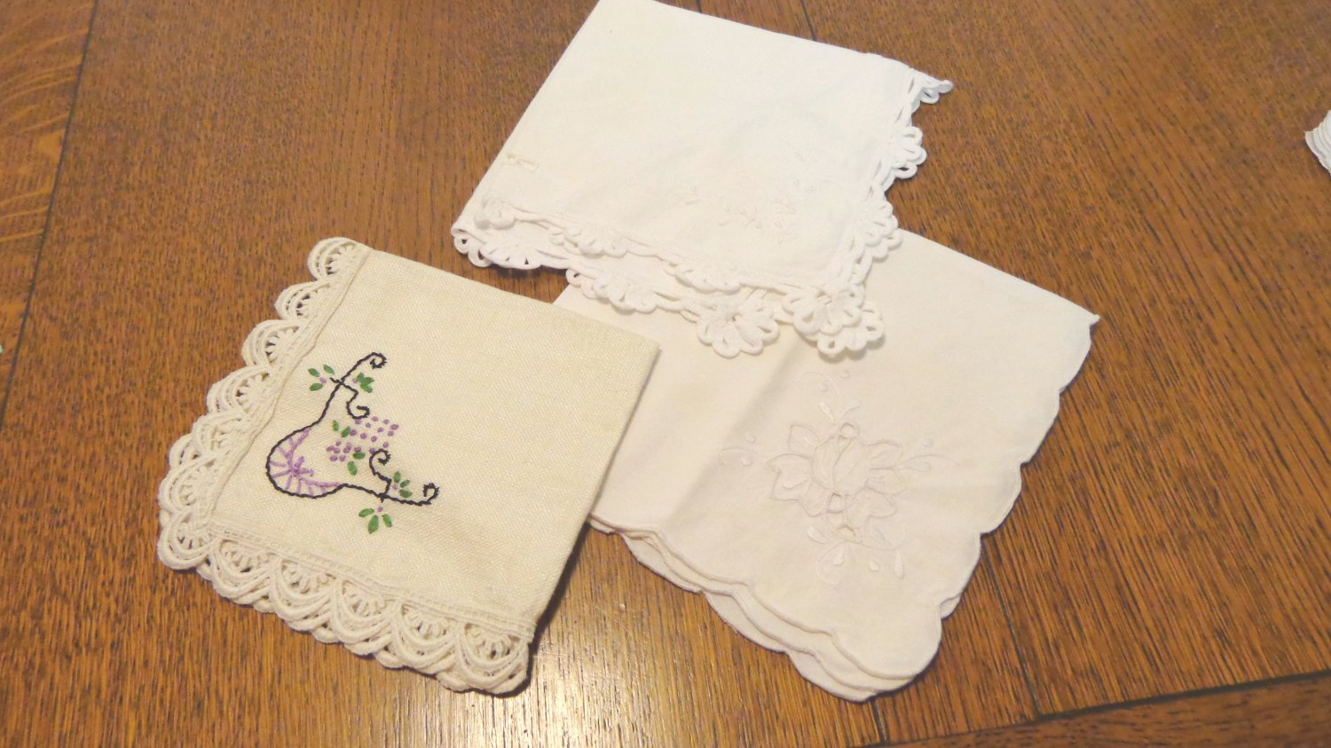 Three single embroidered napkins cotton and linen lace edging vintage hc2382