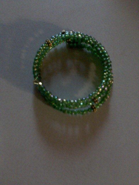 """Golden Dove"" Wire Bracelet"