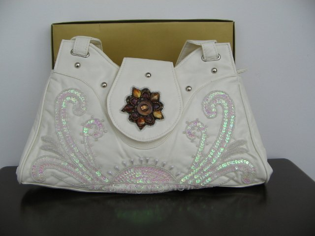Beaded Embroidery purse White -1