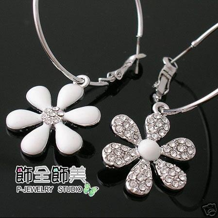 silver flower earring