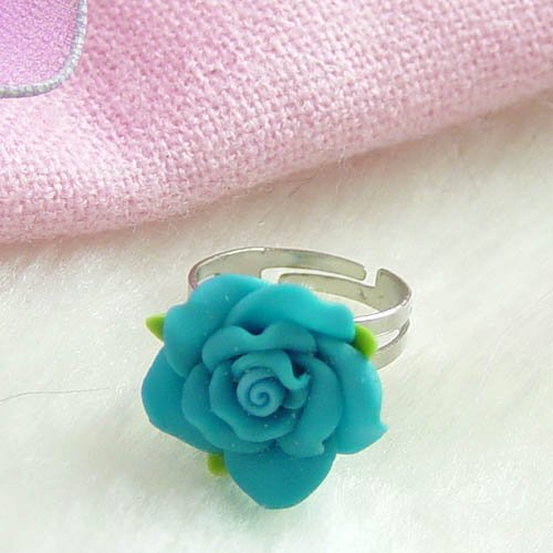 loving chinaware flower ring