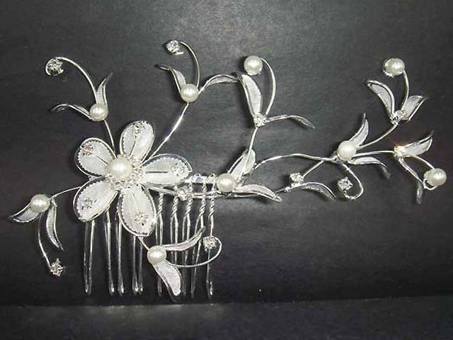 Bridal Crystal Rhinestone Flower Hair tiara Comb RB66