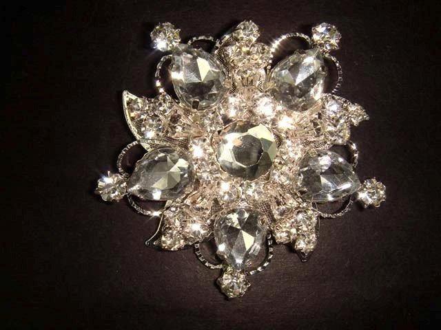 Bridal Crystal bling Rhinestone Brooch pin Pi179