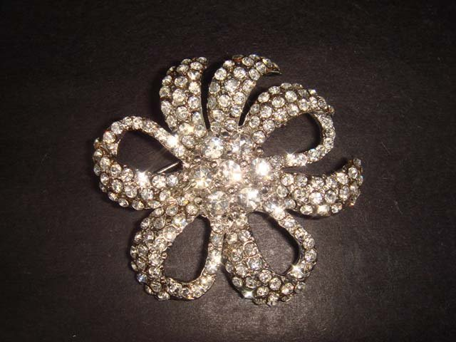 Bridal Crystal Vintage Rhinestone Brooch pin PI230