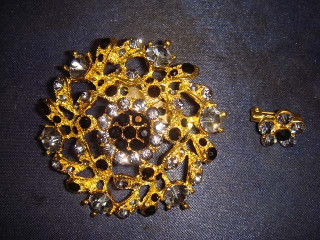 2 pcs Bridal Vintage style Rhinestone Brooch pin Pi350