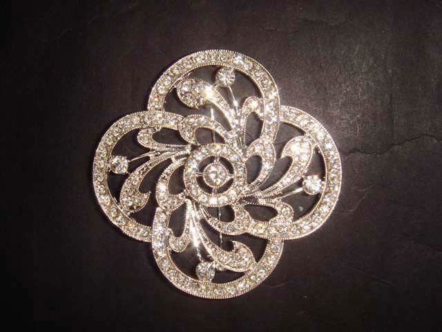 Bridal Vintage style bling Rhinestone Brooch pin PI380