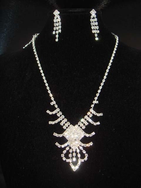 Bridal crystal Rhinestone earring necklace set NR182