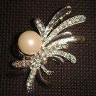 Bridal dress Faux pearl Rhinestone Brooch pin PI383
