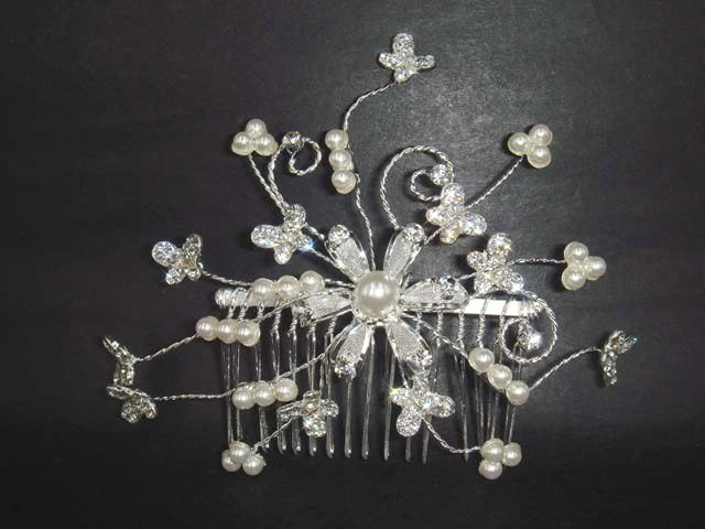 Bridal Faux pearl Rhinestone Butterfly tiara Comb RB347