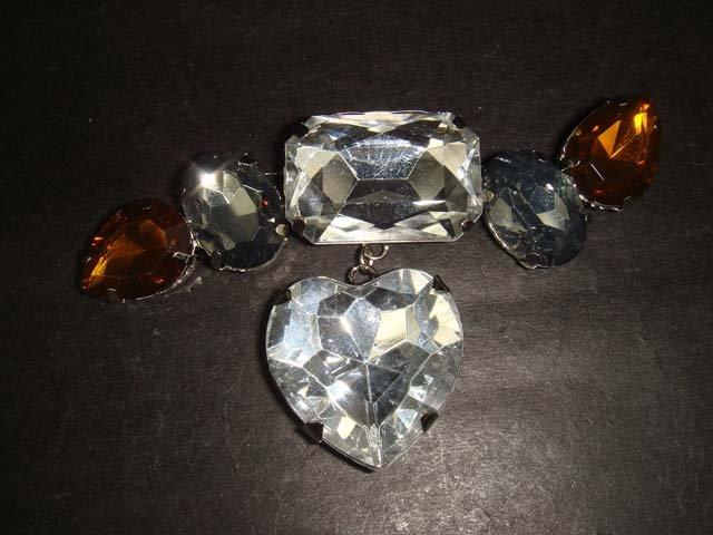 Bridal Heart Vintage style Rhinestone Brooch pin Pi351