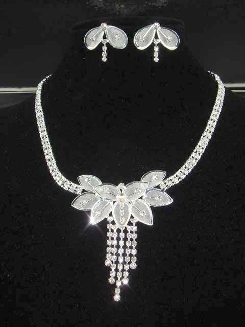 Bridal Crystal rhinestone necklace earring set NR51