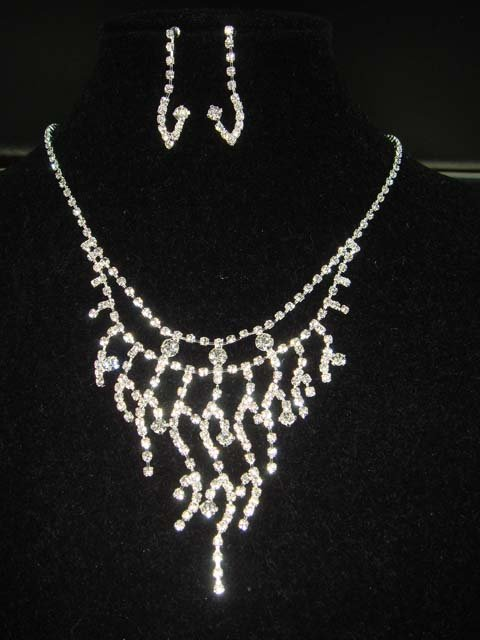 Bridal Rhinestone Crystal Earring necklace Set NR153