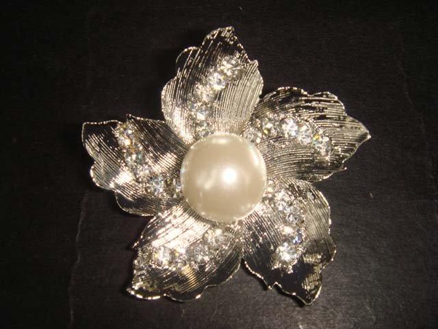 Bridal cake Faux pearl Rhinestone Brooch pin PI382