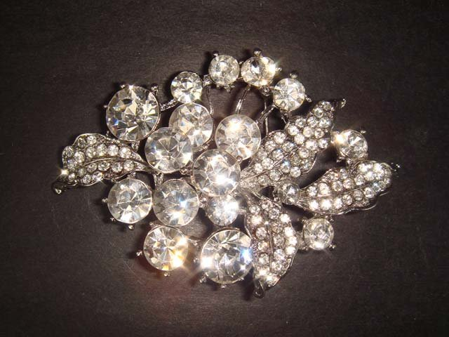 Bridal Crystal bling leaf Rhinestone Brooch pin PI232