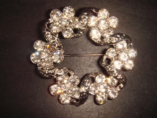 Bridal Wreath Flower bling Rhinestone Brooch pin Pi208