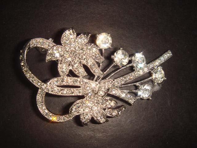 Bridal flower vintage style Rhinestone Brooch pin PI238