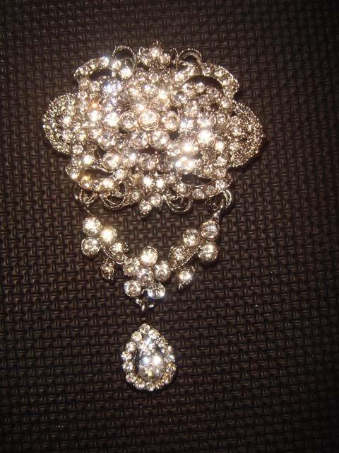 Bridal Dangle Vintage style Rhinestone Brooch pin PI407