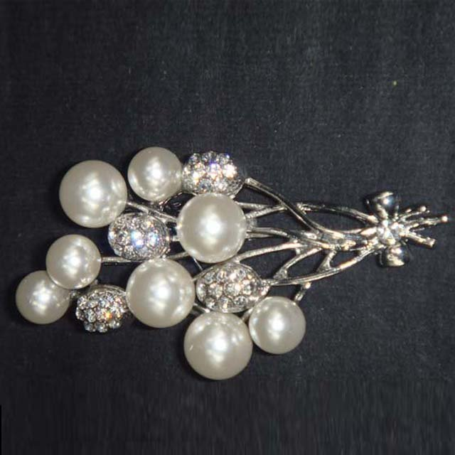 Bridal Cake Dress decoration faux pearl bow crystal Rhinestone Brooch pin PI590