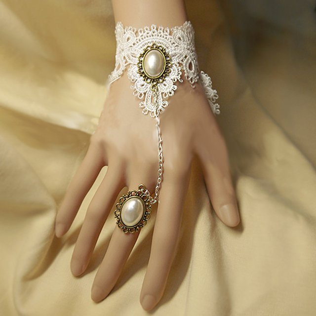 Sexy Belly dance Rhinestone Faux pearl white Lace gothic slave Bracelet BR285