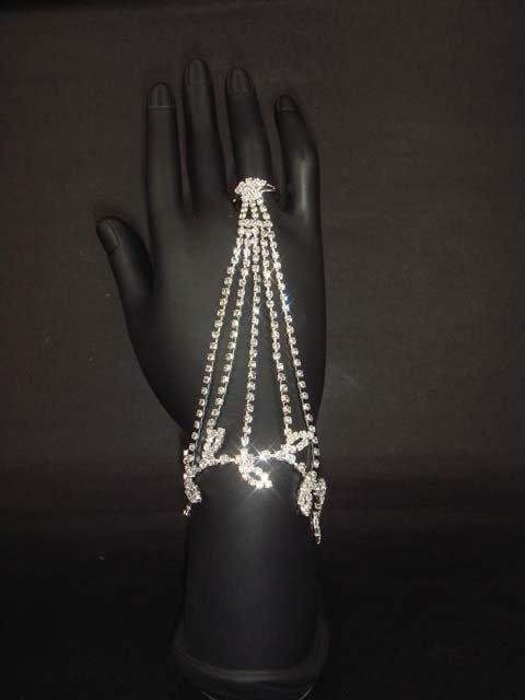 Sexy Rhinestone belly dance leaf slave crystal Bracelet with ring BR169