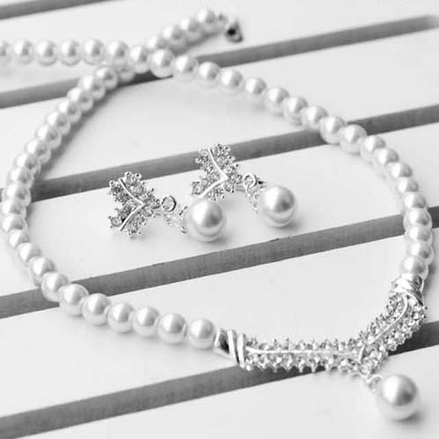 Bridal Rhinestone crystal Faux pearl earring necklace set NR383