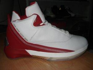 Mens Jordan XXII in White/Red