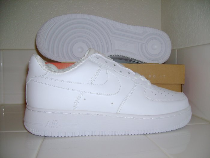 Air Force 1 White/White size 9.5 Mens