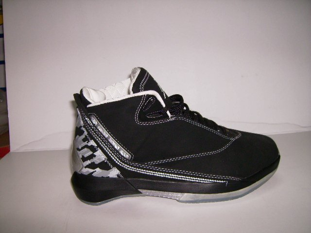 Mens Jordan XXII in Black/Grey