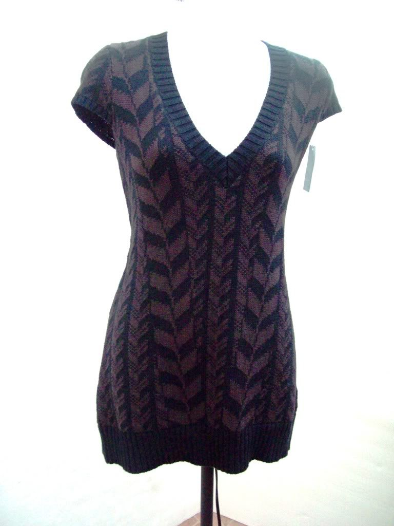 Heather B Knit V neck fitted short tee dress size M