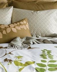 Amanda Green bedding