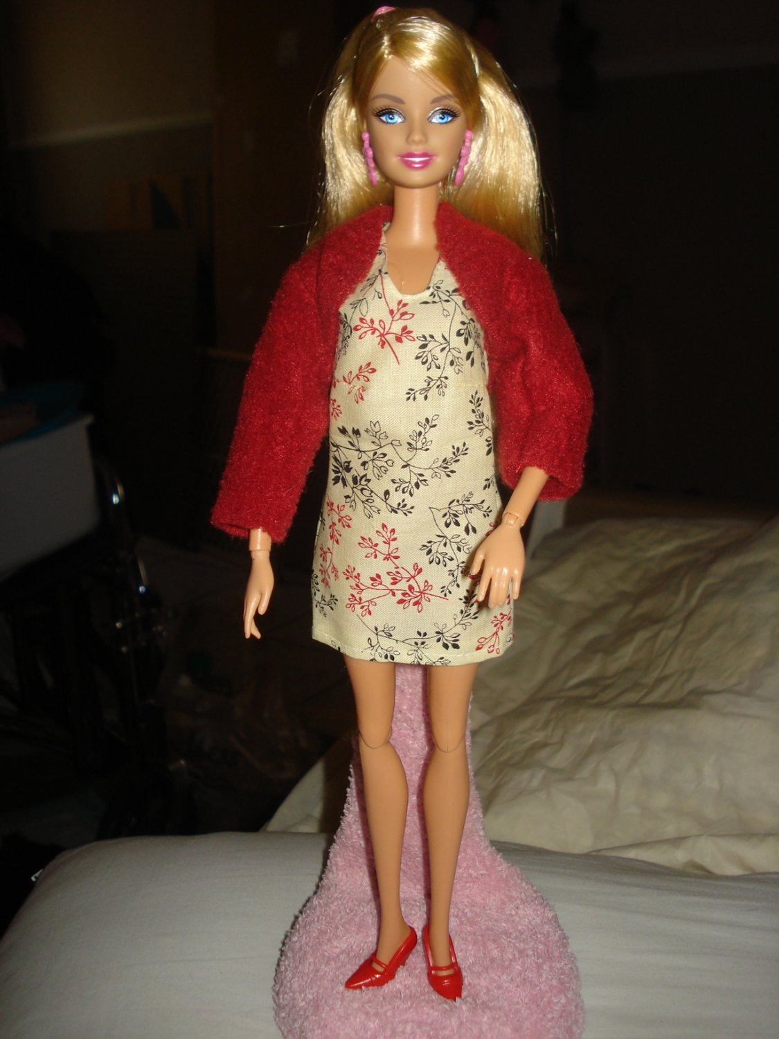 Short beige print dress and maroon jacket for Barbie Doll - ed50