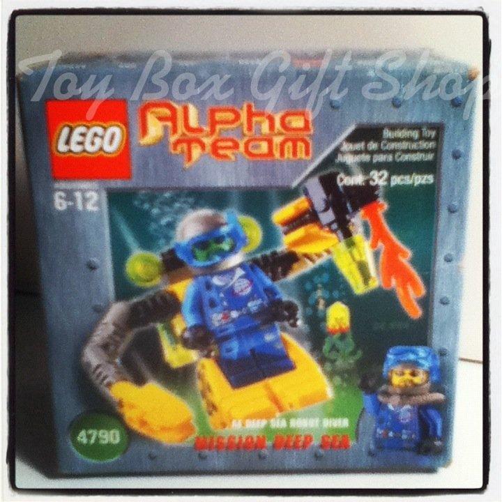 LEGO 4790 Robot Diver 32 pcs At Deep Sea Mission Alpha Team Discontinued Set