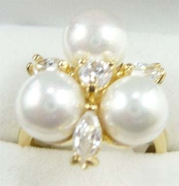 Pearl Crystal Ring size: 7.8.9 free shipping