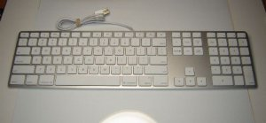 Genuine Apple Mac MB110LL/B A1243 Wired USB Keyboard