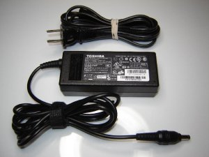 New Genuine OEM Toshiba PA3917U-1ACA 19V 3.42A Ac Adapter
