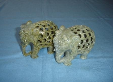 E051-PAIR OF CARVED ELEPHANTS (4X3)